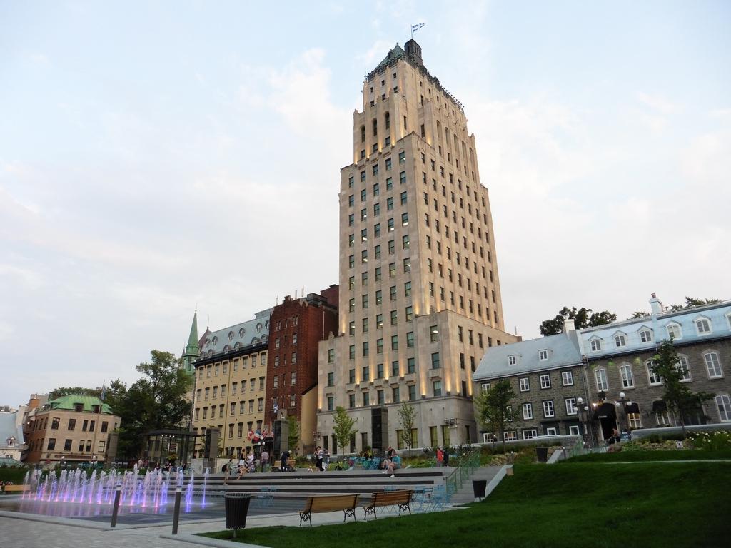 Québec - Édifice Price