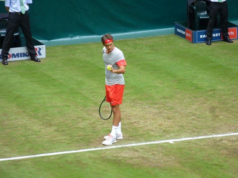 Federer vs. Sousa