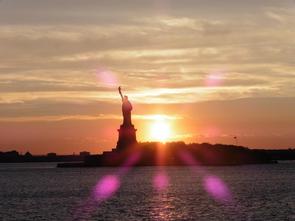 New York City: Statue of Liberty